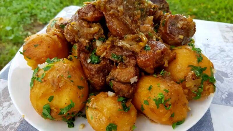 Тушеная говядина — 5 самых вкусных рецептов